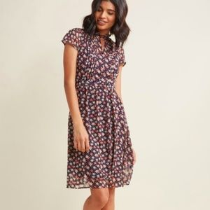 Modcloth Oh Say Can You Museum Floral Dress